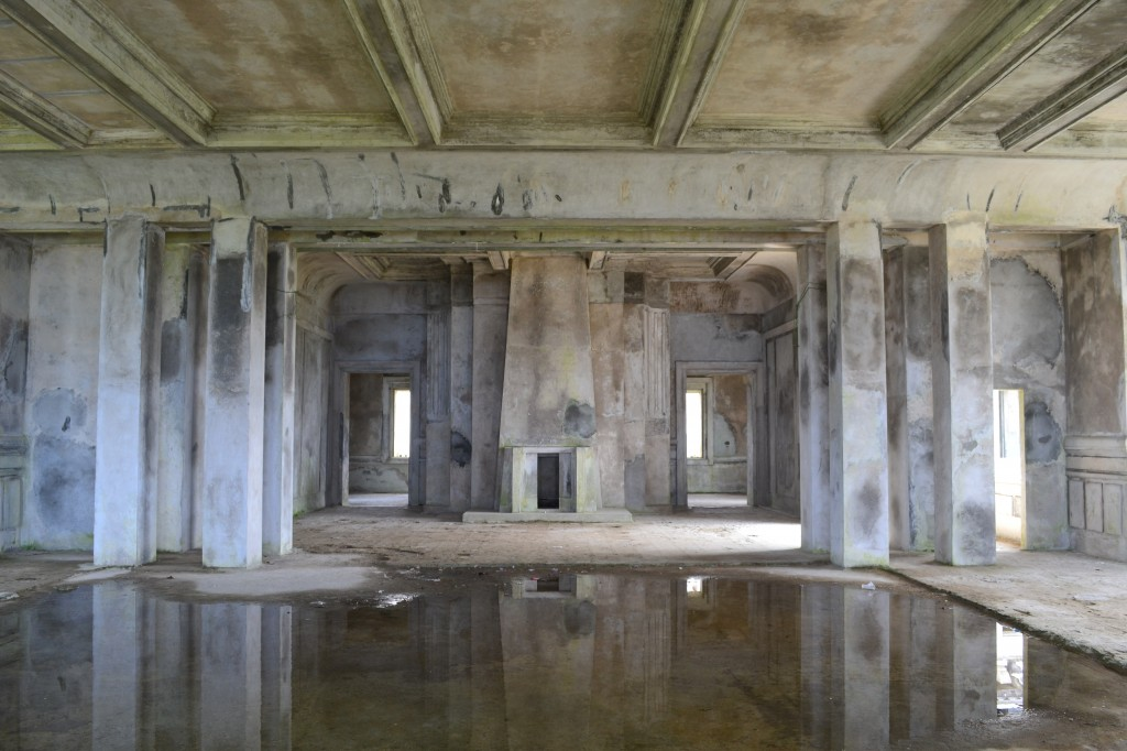 Old casino, Bokor Hill Station, Cambodia 3