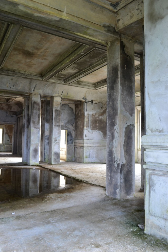Old casino, Bokor Hill Station, Cambodia 7